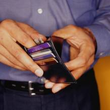 Credit card promo-period-prompts among solutions for tackling persistent debt