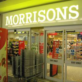 Morrisons first 'big four' supermarket to offer 10% discount for uni students