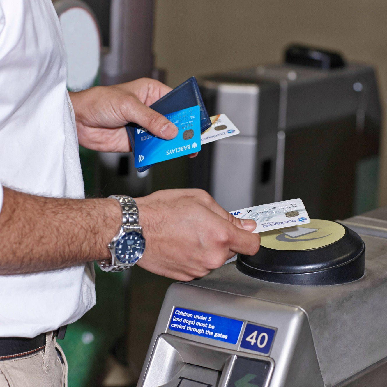 Visa, Mastercard and American Express act to tackle contactless card security flaw