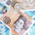 £100 cashback on £1,000+ investment